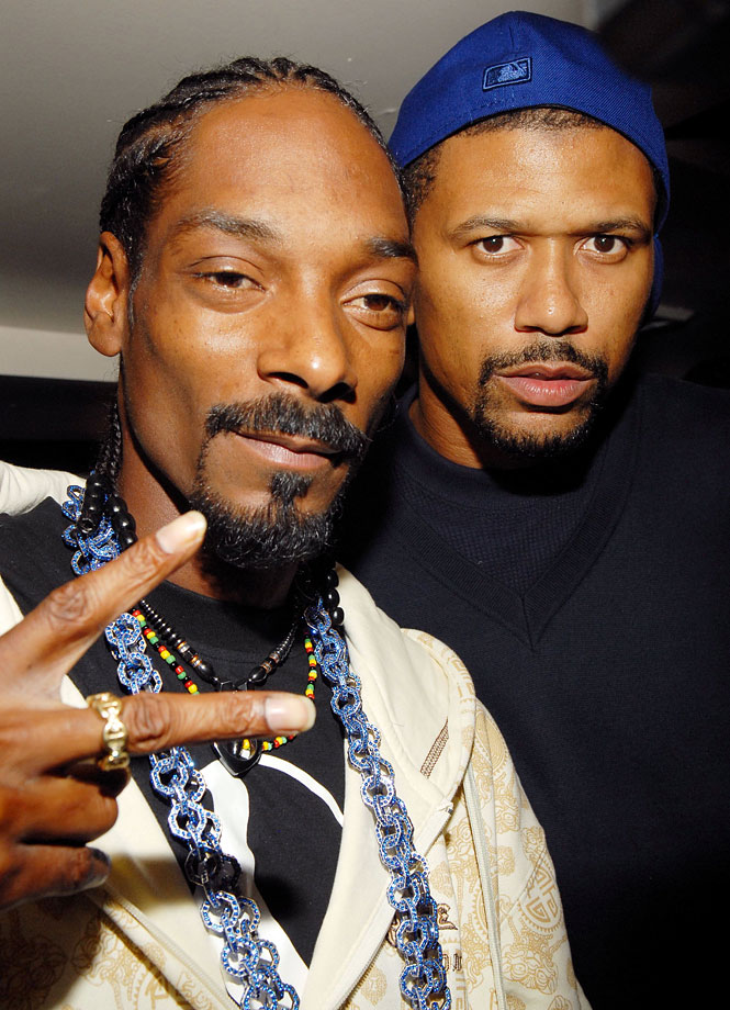 Snoop Dogg and Jalen Rose of the New York Knicks attend Snoop Dogg's Album Listening Party at Strata on Oct. 11, 2006 in New York City.