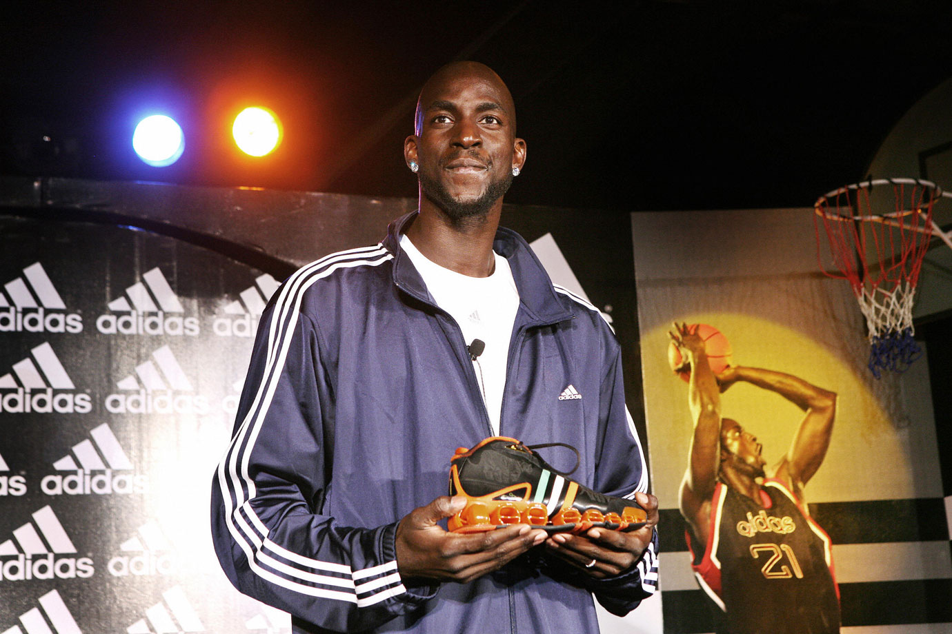 Kevin Garnett travels to New Delhi to debut his limited edition 'Adidas KG basketball shoe.'