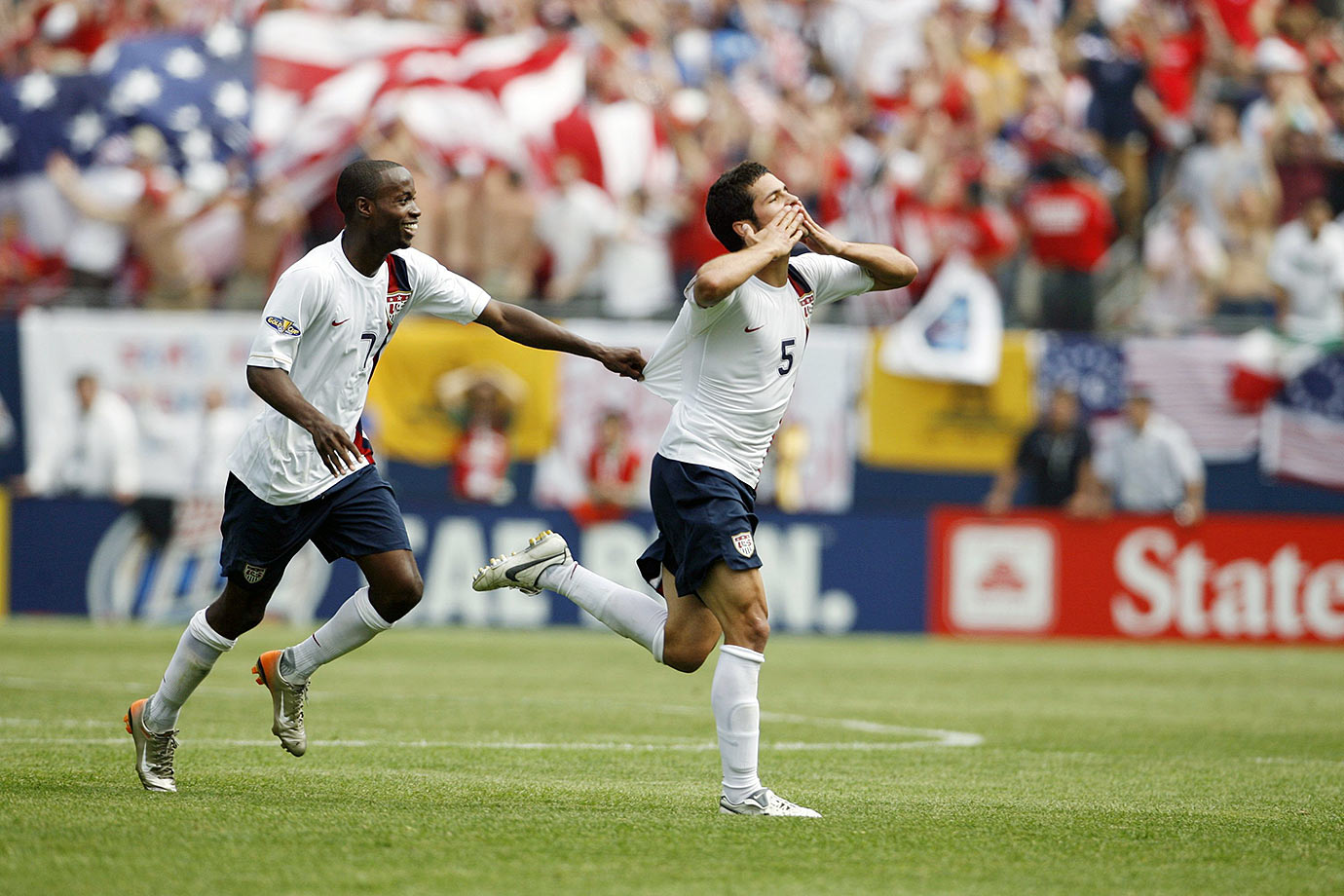 Down 1-0, second-half goals from Landon Donovan and Benny Feilhaber gave the U.S. the victory in the 2007 Gold Cup finals. The win earned the Americans a spot in the 2009 Confederations Cup, where they achieved their famous upset over Spain.