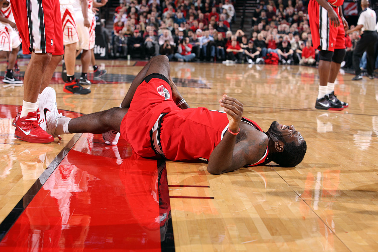 """I know I'm one of the biggest busts in NBA history and I know that it'll only get worse as Kevin Durant continues doing big things ... It's frustrating that my body can't do what my mind wants it to do sometimes. But worrying or complaining about it isn't going to fix anything,"" said Oden. After being released by the Blazers in March 2012, Oden spent the entire 2012-13 season rehabilitating from multiple knee surgeries. He last played, sparingly, with the Heat in 2014."
