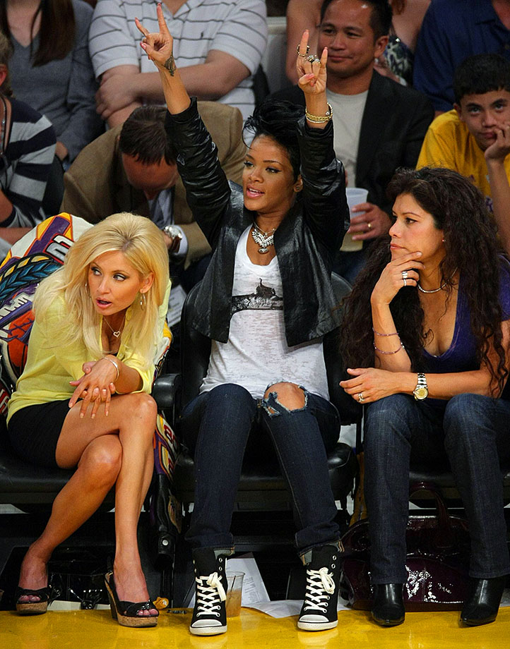 Rihanna attends Game 2 of the NBA Finals between the Los Angeles Lakers and the Orlando Magic on June 7, 2009 at Staples Center in Los Angeles.