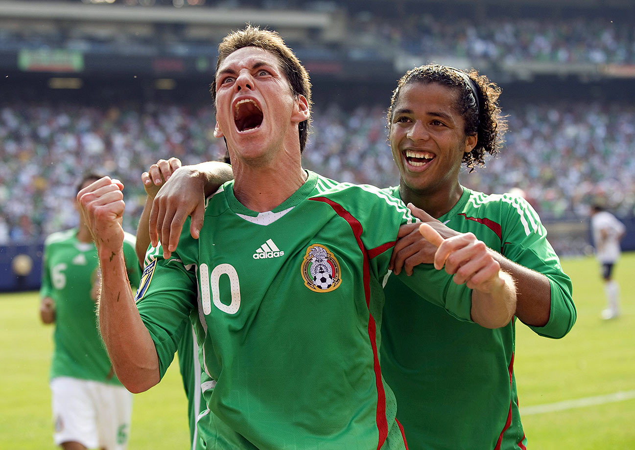 "Mexico put an emphatic end to the Americans' 9-0-2 home streak against ""El Tri."" The Mexicans took the Gold Cup from the two-time defending champion, with five different players scoring goals in the second half at Giants Stadium."