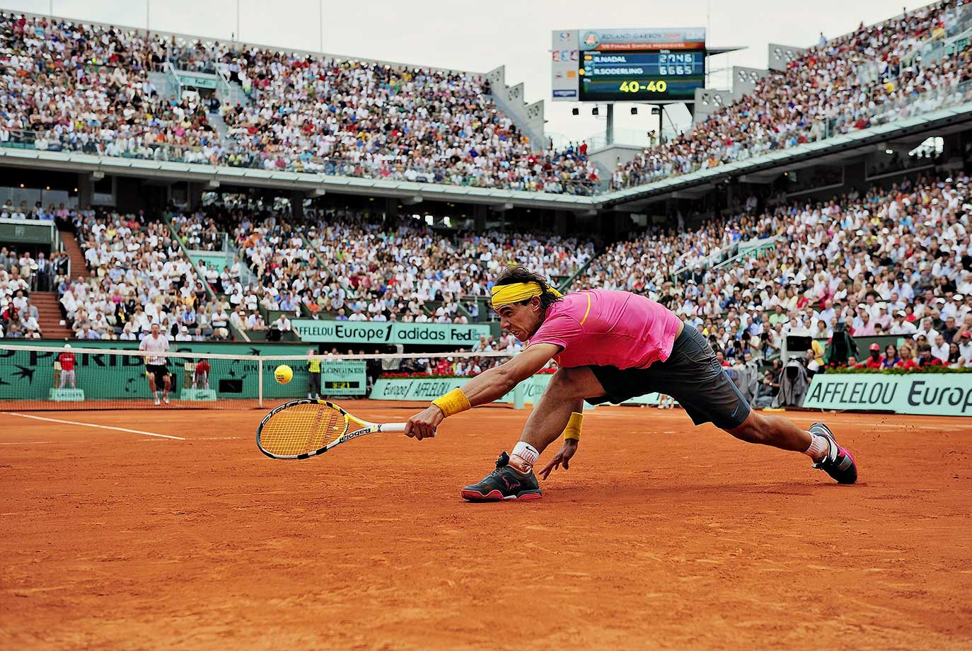 For 31 matches, dating to his debut on May 23, 2005, Nadal never truly was challenged, much less defeated, at the French Open, allowing him to win four consecutive titles and close in on becoming the first player in history with five in a row. Until the fourth round of the 2009 French Open, when the 23rd-seeded Soderling, a 24-year-old from Sweden who never had won so much as a third-round match at any major tournament before this one, defeated Nadal 6-2, 6-7 (2-7), 6-4, 7-6 (7-2). Soderling finished with 61 winners, 28 more than Nadal.