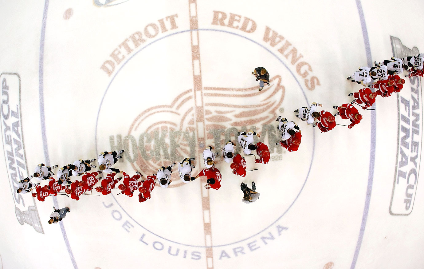 The NHL playoff handshake line, one the sport's most enduring and respectful traditions, ends every series. For the second year in a row, the Penguins and Red Wings were shaking hands after the last game of the season. The two teams met in the finals in both 2008 and here, 2009 -- with different outcomes each year. In this case, the Pens left with the Cup.
