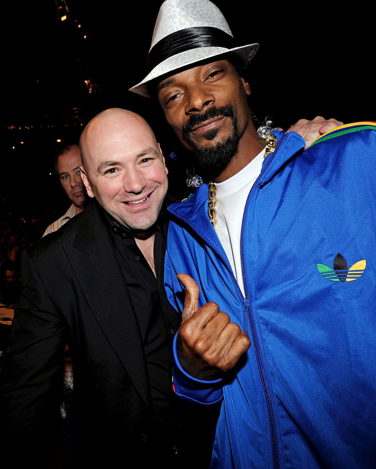 UFC President Dana White and Snoop Dogg pose at UFC 114: Rampage vs. Evans on May 29, 2010 at the MGM Grand Garden Arena in Las Vegas.