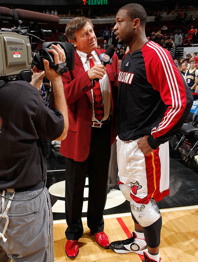Craig Sager interviews Dwyane Wade following the Miami Heat's win over the Chicago Bulls on March 25, 2010 at the United Center in Chicago.