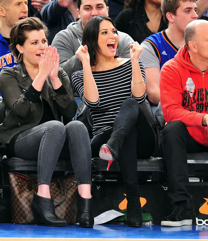 Olivia Munn cheers during the New York Knicks game against the Indiana Pacers at Madison Square Garden on March 13, 2011 in New York City.