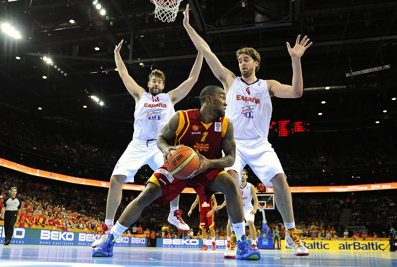 EuroBasket (European Basketball Championship) — Spain vs. Macedonia