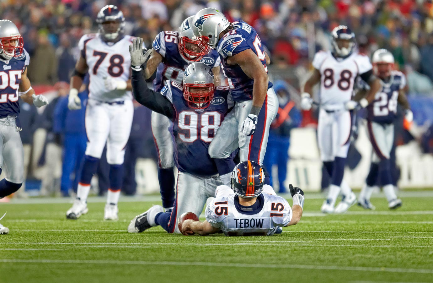 In what would turn out to be Tim Tebow's final game with the Broncos, the Patriots put his dream season to a nightmare end. In a 45-10 blowout loss, Tebow completed just 9 of 26 passes for 126 yards against a stifling Patriots defense.