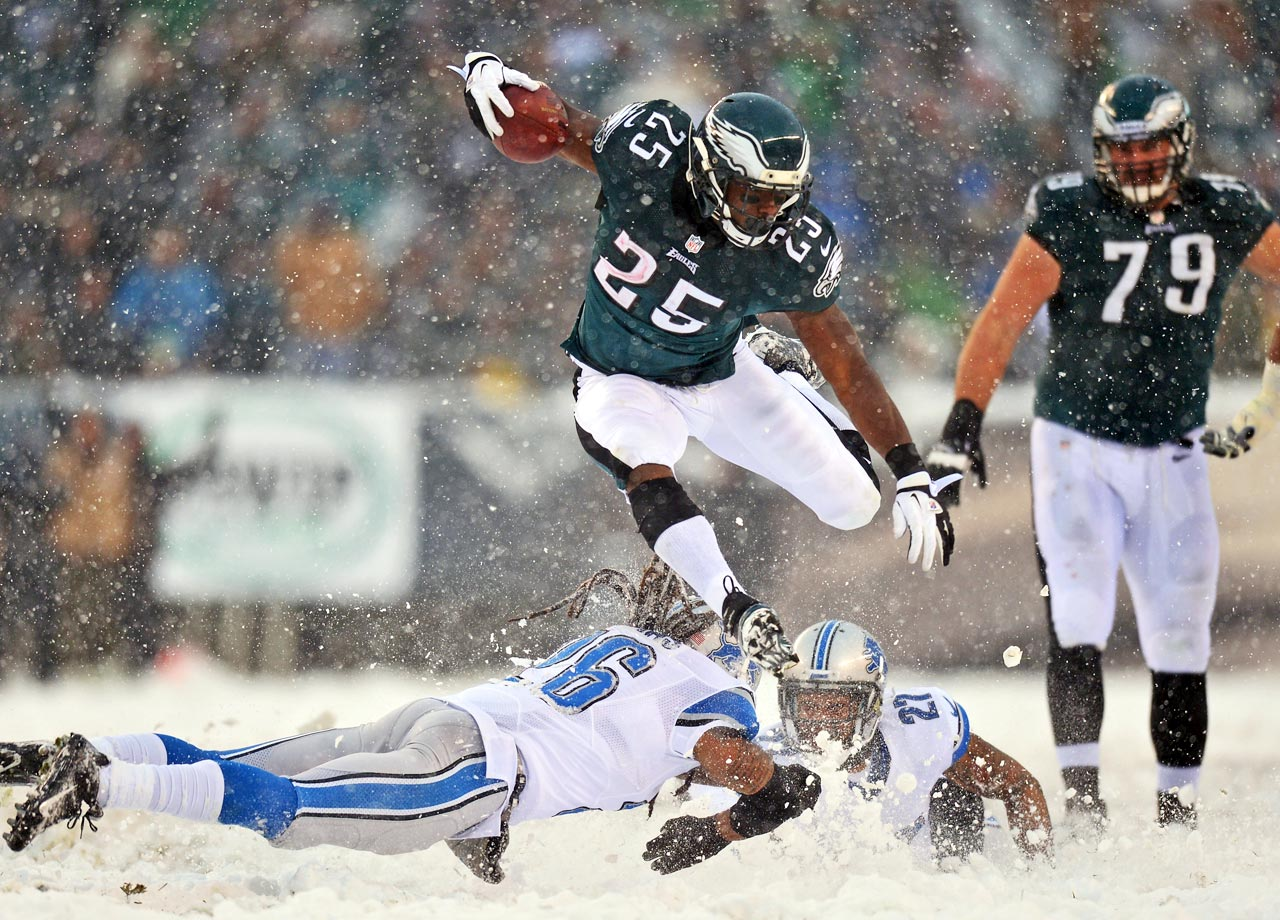 Snow began falling two hours before kickoff and intensified after the game started. Workers used shovels and hand-held blowers to clear off yard lines. Conditions were so poor neither team tried a field goal, and there were 2-point conversion attempts after seven of the eight TDs. LeSean McCoy ran for a franchise-best 217 yards, including touchdowns of 57 and 40 yards, in the Eagles' 34-20 victory.