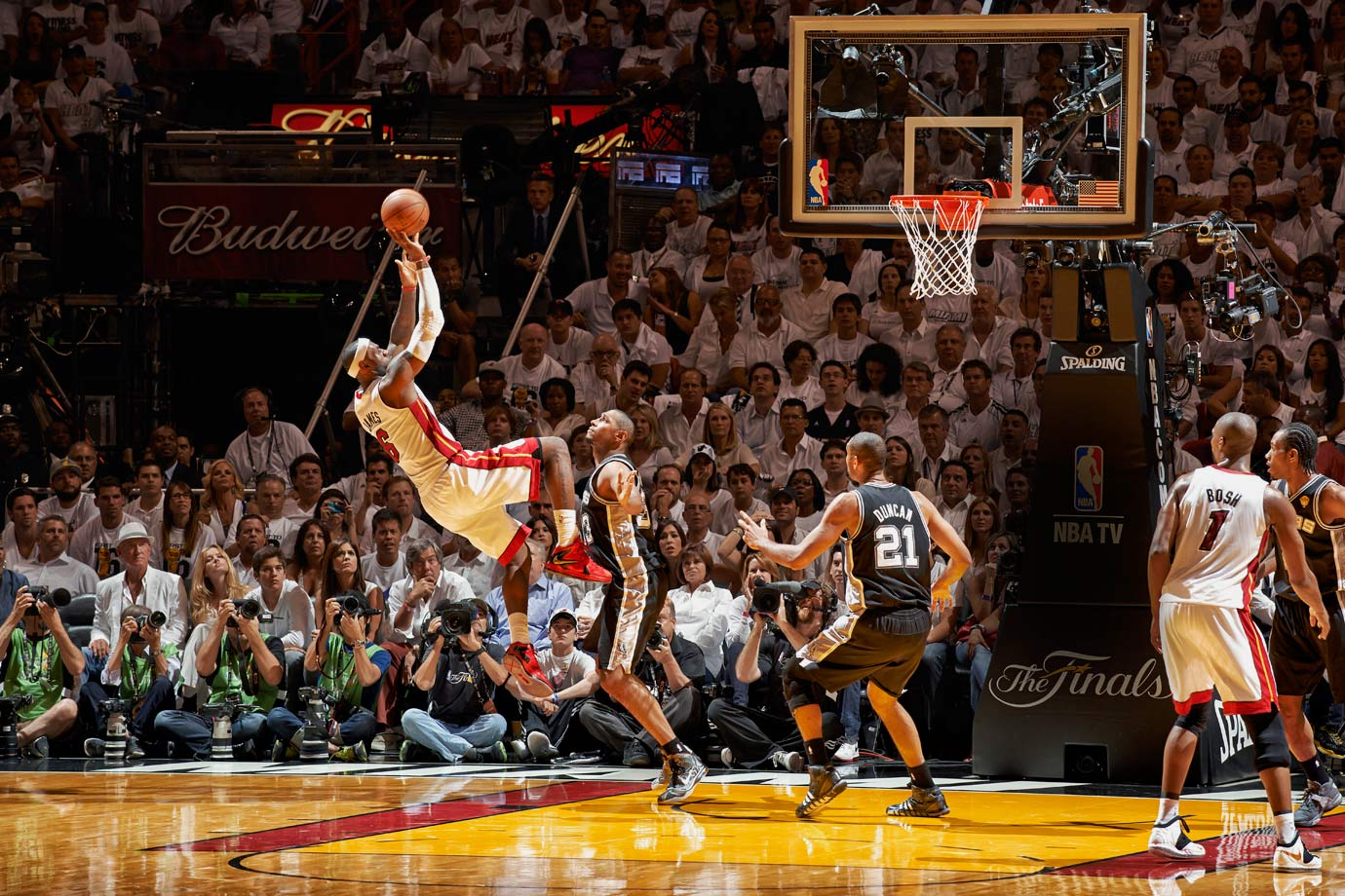 While far from his usual dominant self, LeBron James still managed to turn in a triple-double as the Heat notched a thrilling 103-100 overtime victory. Helped by Ray Allen's tying three-pointer with 5.2 seconds remaining in regulation, James overcame a couple of crucial turnovers in the final minutes to finish with 32 points, 11 assists and 10 rebounds and guide Miami to Game 7.