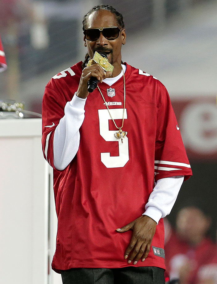 Snoop Dogg performs during halftime of the San Francisco 49ers game against the Chicago Bears on Sept. 14, 2014 at Levi's Stadium in Santa Clara, Calif.
