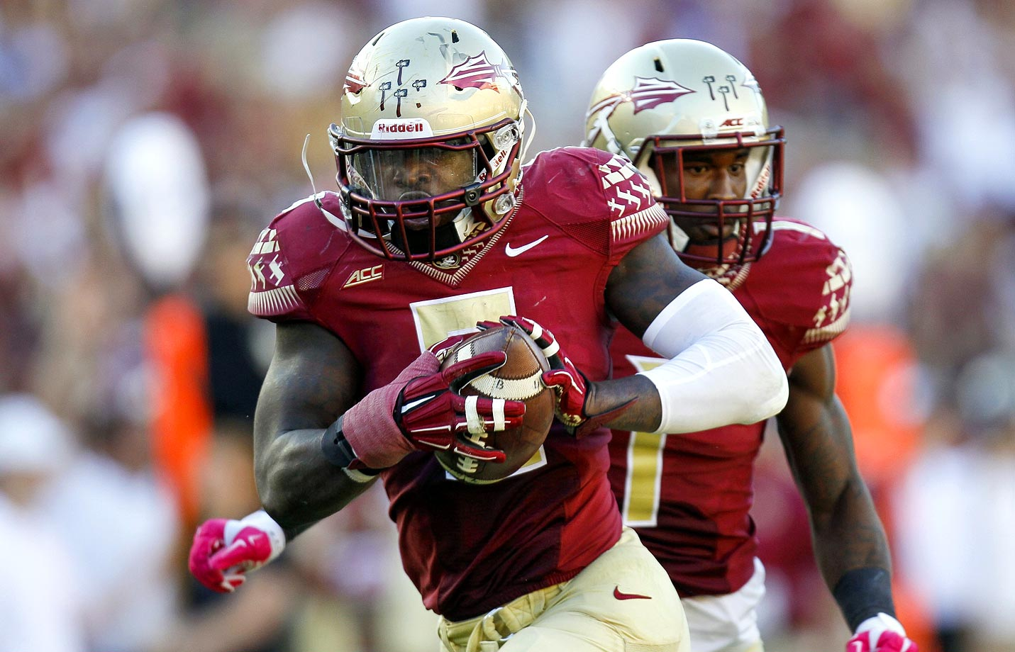 The Seminoles defense posted its first truly dominant performance, holding the Demon Deacons to 126 yards of offense and forcing three turnovers. Linebacker Reggie Northrup outscored Wake Forest by returning a fumble 31 yards for a touchdown.