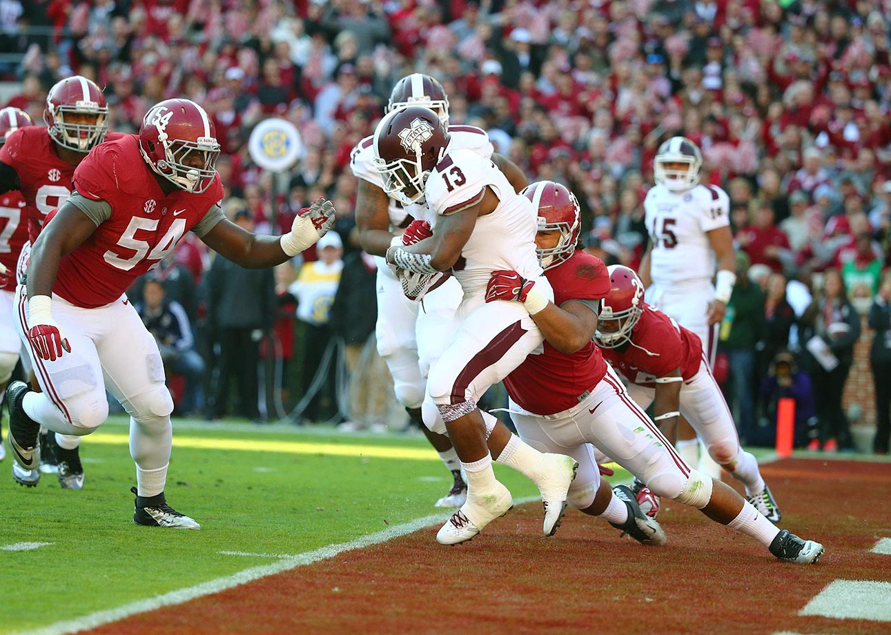 Alabama handed Mississippi State its first loss thanks to a dominant performance from the defense. Bama opened the scoring with a safety and kept the Bulldogs out of the end zone until early in the fourth quarter.