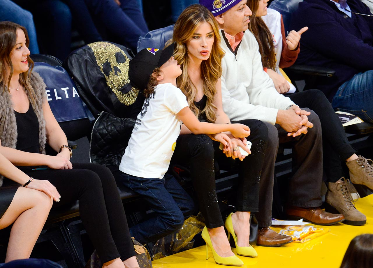 Nov. 16, 2014: Los Angeles Lakers vs. Golden State Warriors at Staples Center in Los Angeles