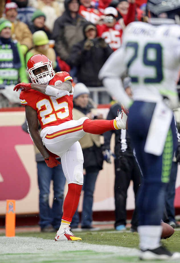The Seahawks' last loss of the season came in Week 11, a 24-20 defeat in Kansas City. Jamaal Charles ran for 159 yards and two touchdowns, and Lynch had 124 yards of his own, but could not find the end zone.