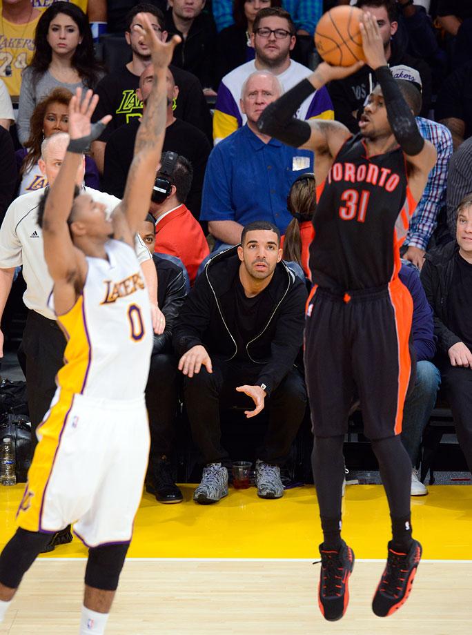 Nov. 30, 2014: Los Angeles Lakers vs. Toronto Raptors at Staples Center in Los Angeles
