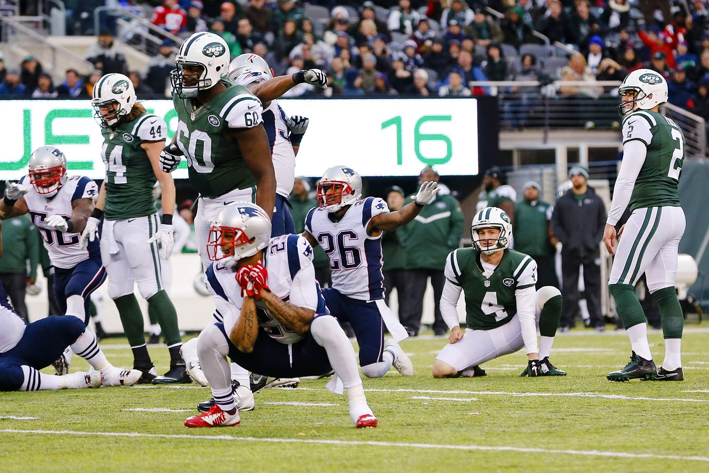 The Jets gave the Patriots another scare in Week 16, but New England emerged from the Meadowlands with the 17-16 win after Jonas Gray scored the go-ahead touchdown early in the fourth quarter following a Geno Smith interception. The Jets had an opportunity to retake the lead with a field goal, but Nick Folk's 52-yard attempt with over five minutes left fell short.