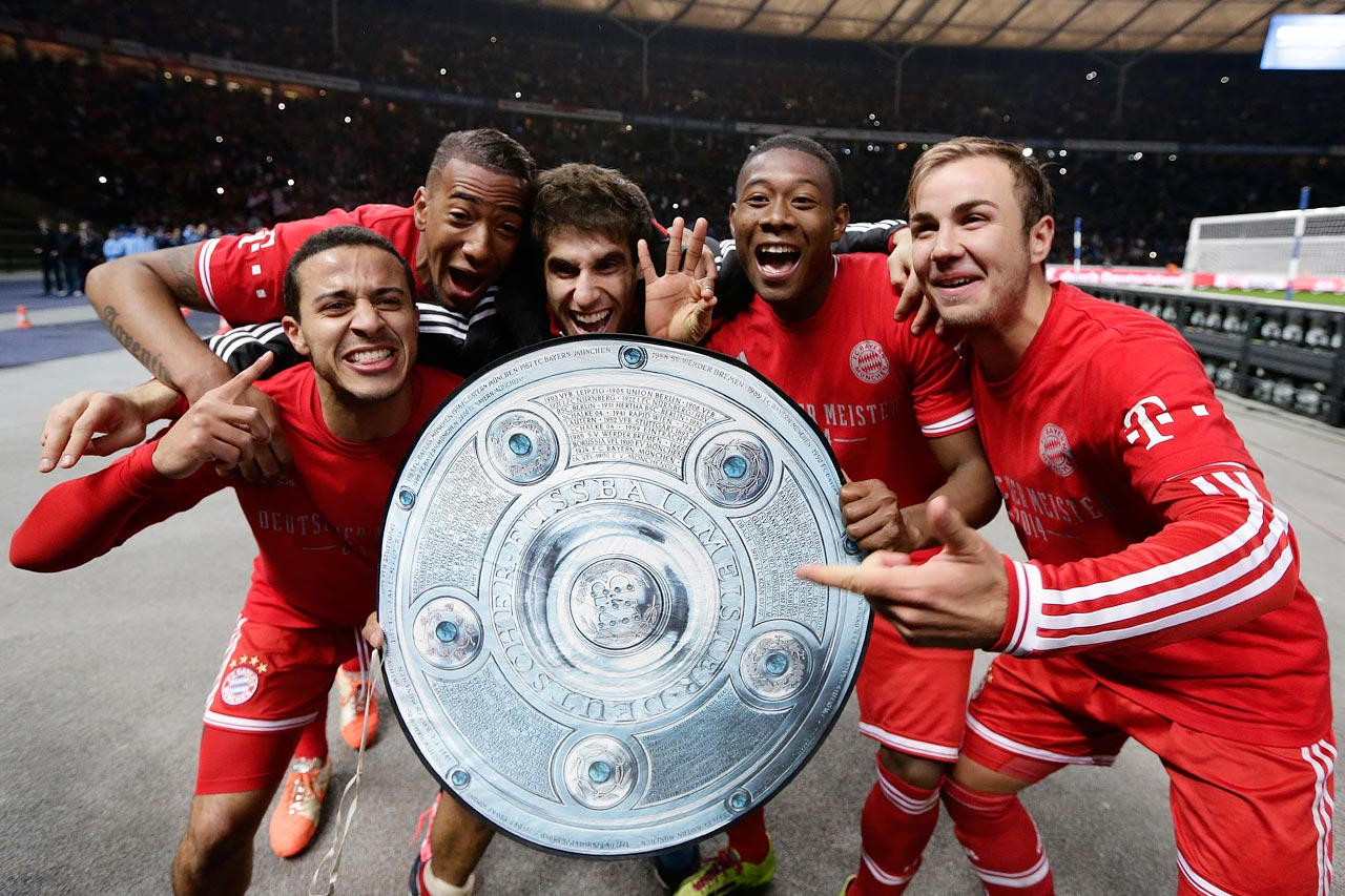 Bayern breaks its own record, securing the Bundesliga title with seven matches remaining.
