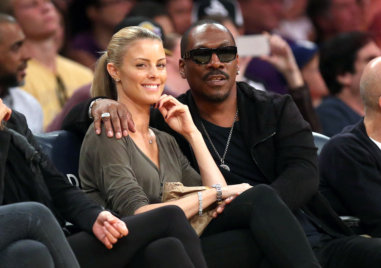 April 12, 2015: Los Angeles Lakers vs. Dallas Mavericks at Staples Center in Los Angeles