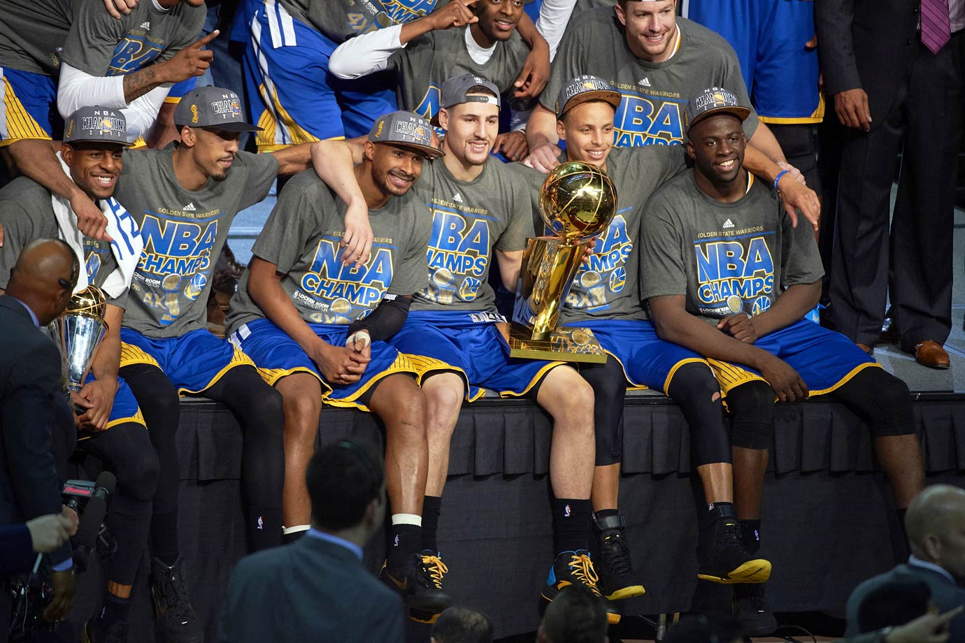 Golden State finished last season as NBA Champions for the first time in 40 years, capping off an amazing MVP season for Stephen Curry. That included Curry breaking his own record for three-pointers in a season, and helping his team go 48-4 at home during the regular season and playoffs. How do they top that? How about starting this season with a 24-game winning streak – destroying the previous record of 15 wins?