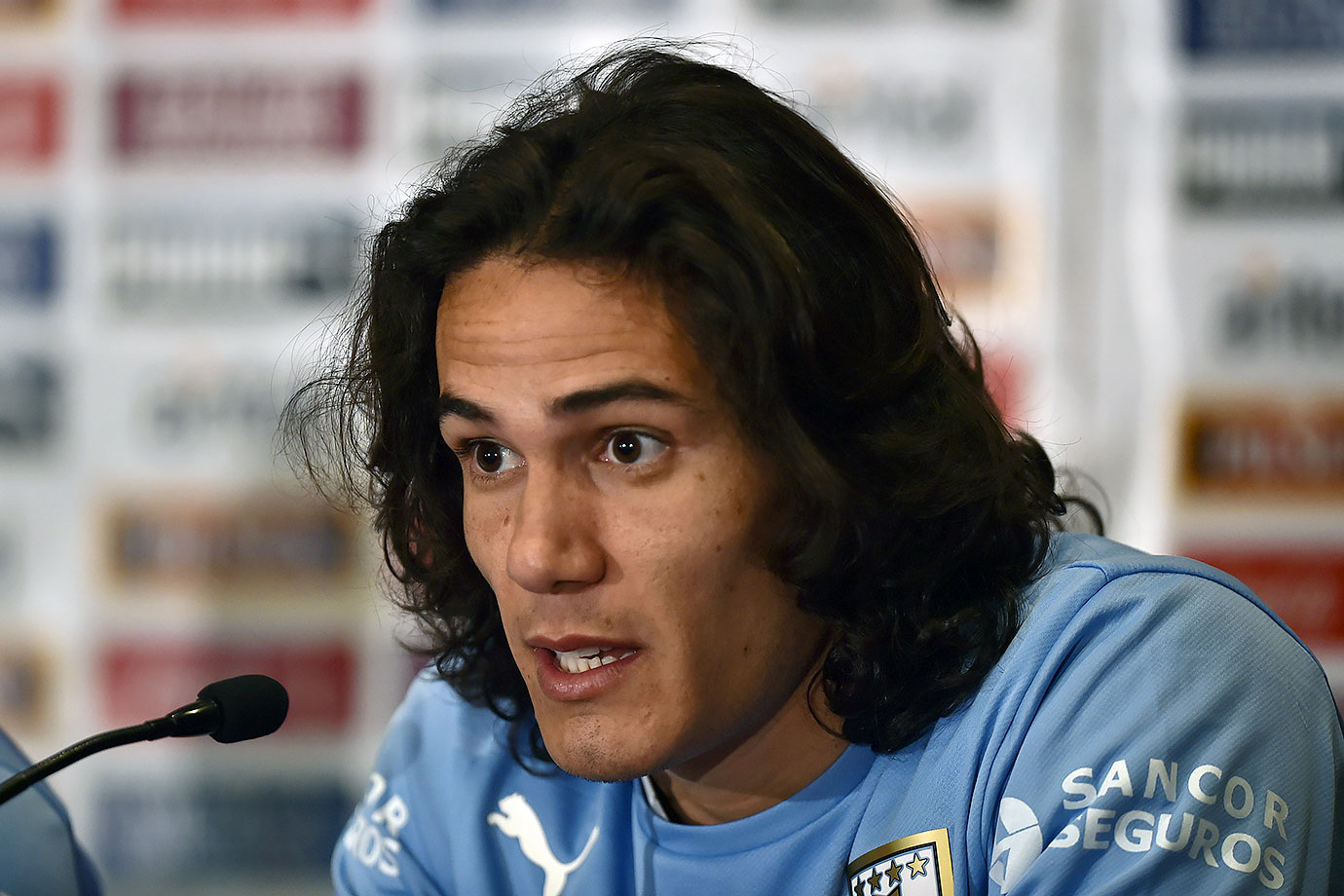 Paris Saint-Germain striker Edinson Cavani thought that Jamaica, Uruguay's first opponent in the Copa America, was in Africa.