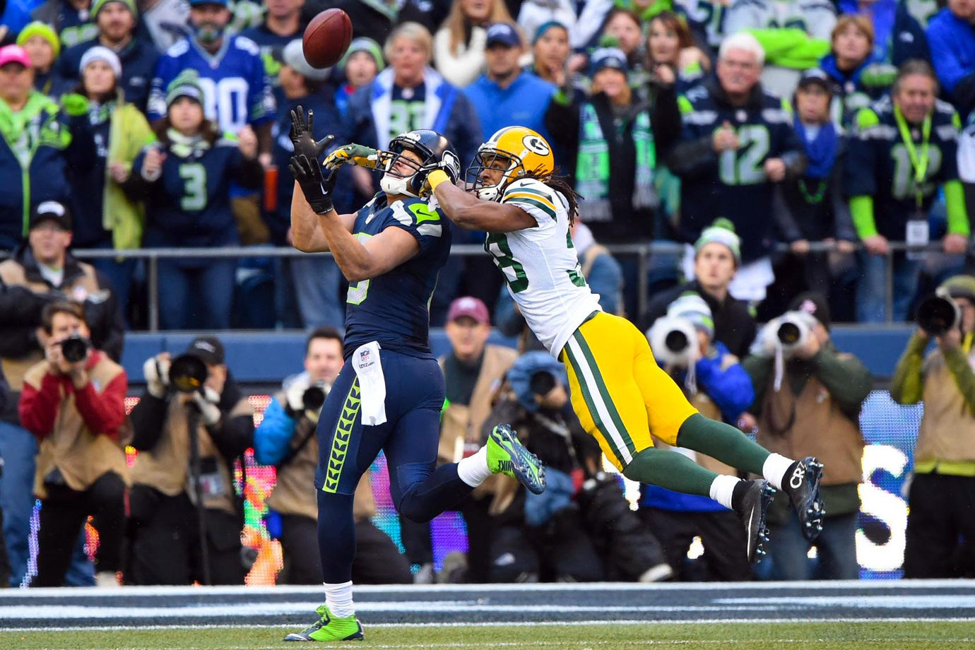 In an instant classic, Seattle clinched a Super Bowl berth with a 28-22 win over Green Bay in the NFC Championship. Trailing for most of the game, the Seahawks scored 15points in the final two minutes, aided by a two-point conversion and onside kick recovery. The Packers had to make their own comeback to send the game into overtime, but Seattle ended the contest on the first drive with a 35-yard strike from Russell Wilson to Jermaine Kearse.