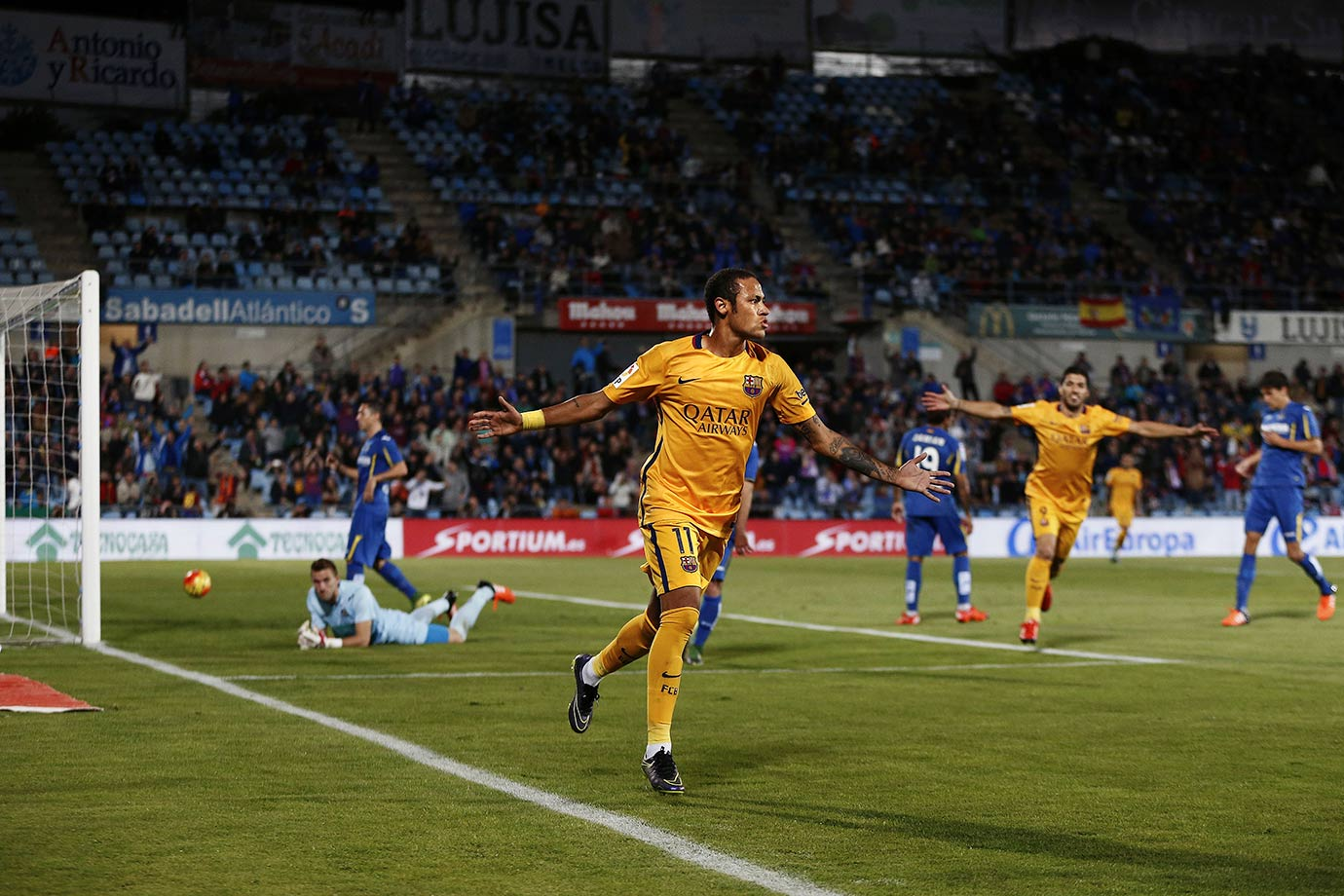 Neymar celebrates after scoring during Barcelona's La Liga match against Getafe on Oct. 31, 2015 at the Coliseum Alfonso Perez in Getafe, Spain.