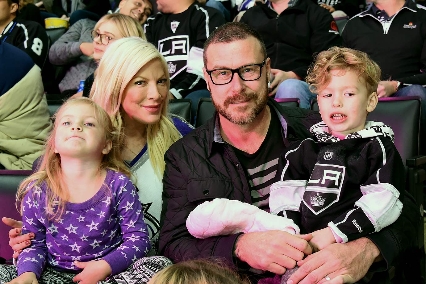 Los Angeles Kings vs. Vancouver Canucks on December 1, 2015 at Staples Center in Los Angeles.