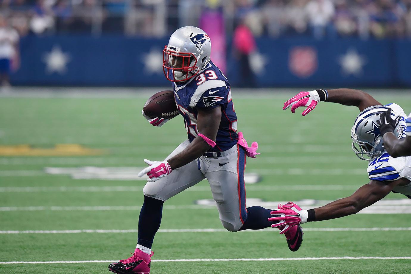 803441490 NFL tone-deaf to limit DeAngelo Williams wearing pink