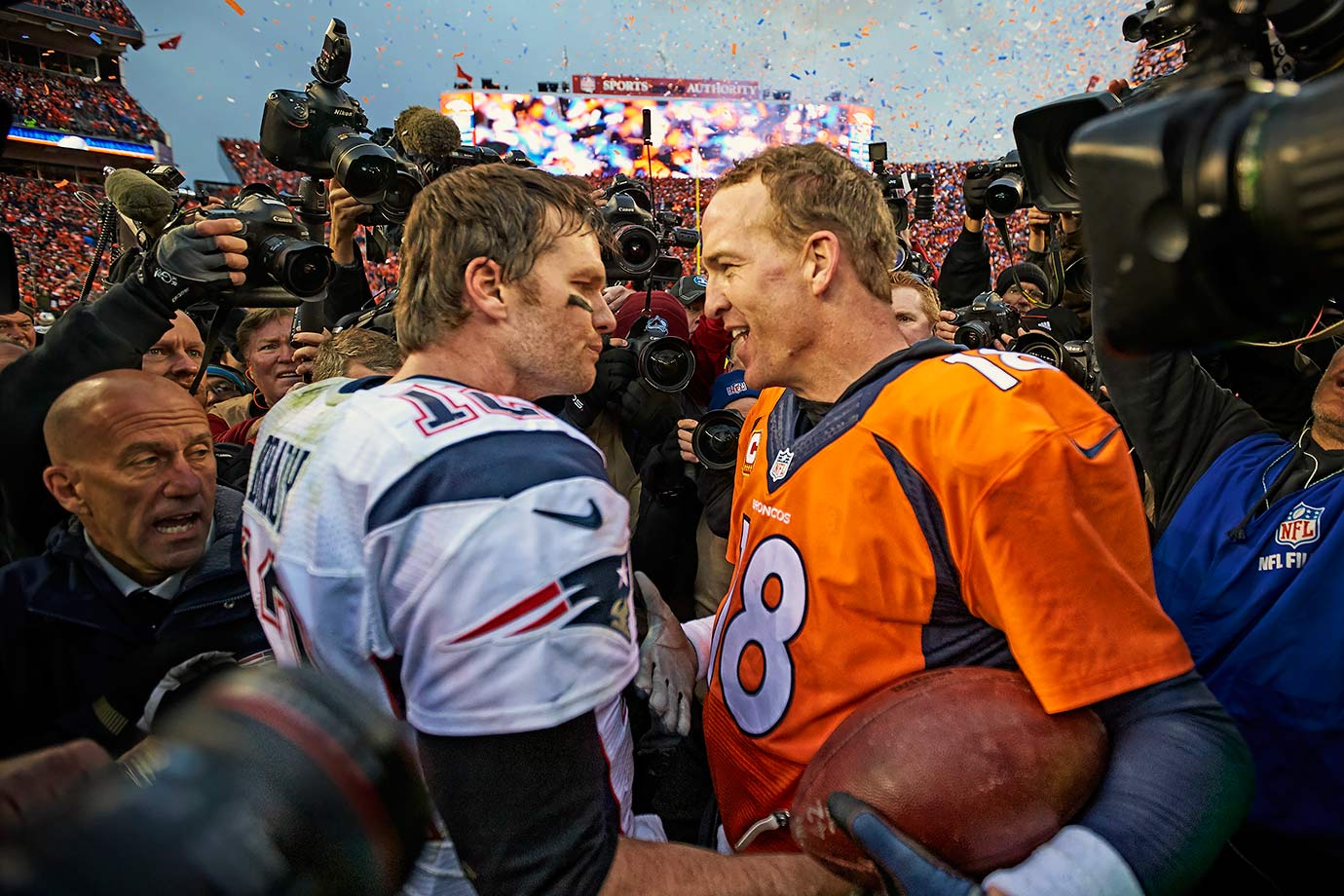 In the 17th matchup between Tom Brady and Peyton Manning, the Broncos met the Patriots in the AFC Championship. The Broncos led the entire game behind Manning's two early touchdown passes to tight end Owen Daniels, but Brady and the Patriots made a comeback in the waning moments of the game. Under two minutes to go, down eight and facing a fourth and 10, Brady flung a 40-yard bomb to tight end Rob Gronkowski. A few plays later, Gronkowski caught a touchdown pass with 12 seconds to go. The two-point conversion was intercepted by Roby, which clinched the game for the Broncos.
