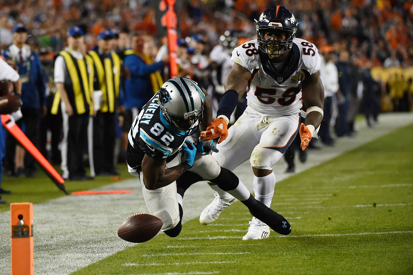 Von Miller prevents Jerricho Cotchery from completing a deep pass early in the third quarter.