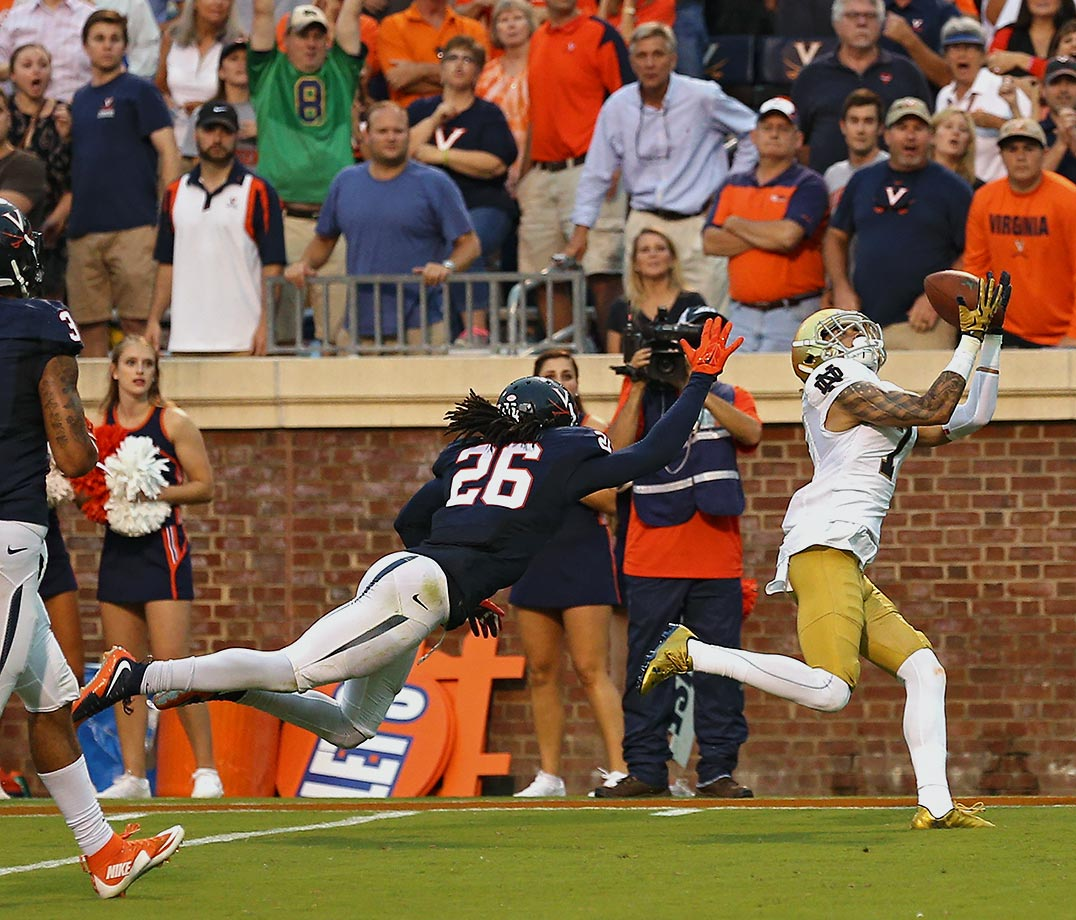 Virginia seemed poised for the monumental upset when the Cavaliers pulled ahead of Notre Dame 27–26 with just under two minutes remaining in their Week 2 matchup. But Fighting Irish backup quarterback DeShone Kizer, who stepped in after starter Malik Zaire left the game with a broken ankle, hit Will Fuller for a 39-yard touchdown pass with 12 seconds remaining to give the Irish the 34-27 win. The play left one Virginia fan particularly devastated.