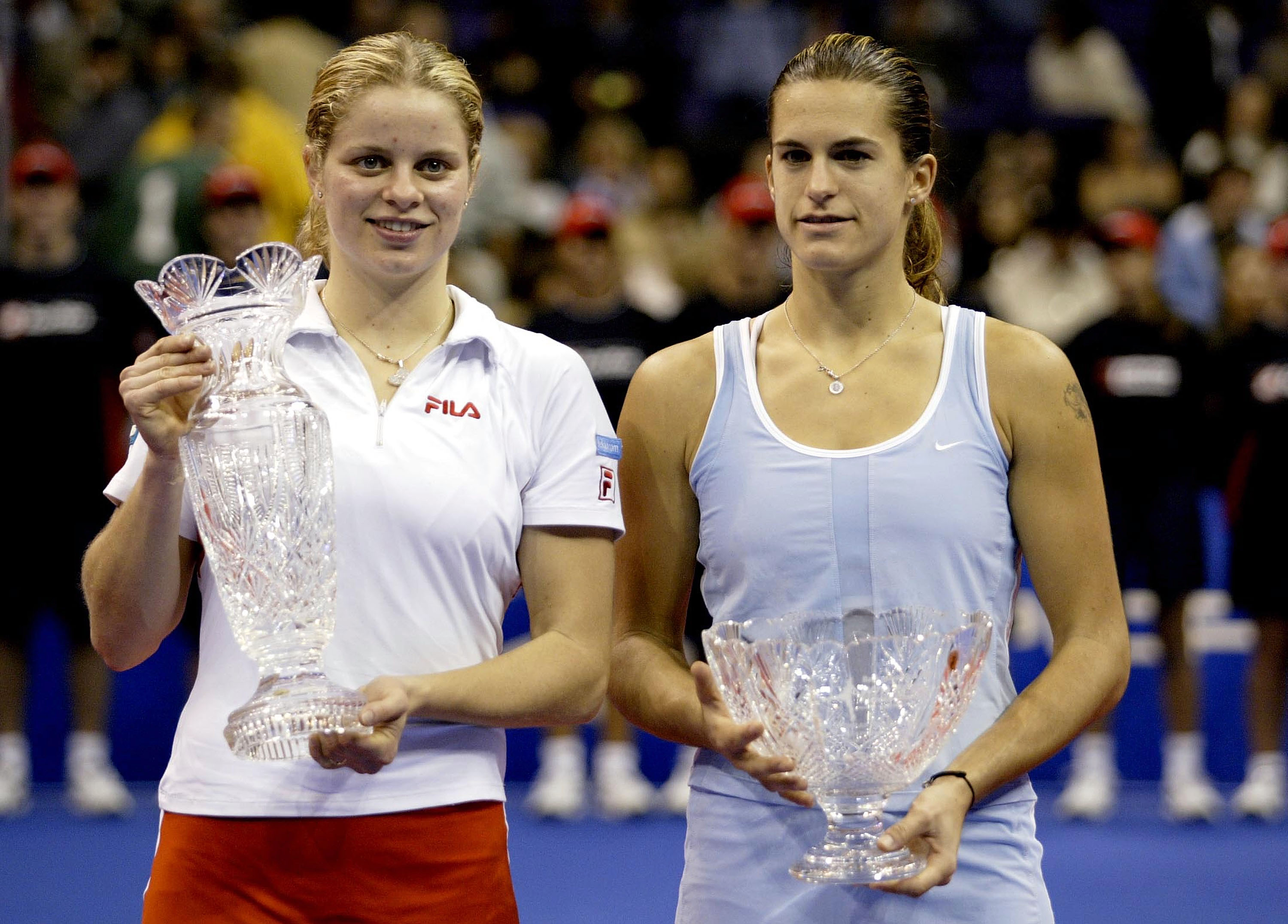 Kim Clijsters beat Amelie Mauresmo in the final and won $1 million, the largest prize purse ever at a women's only sporting event at the time.