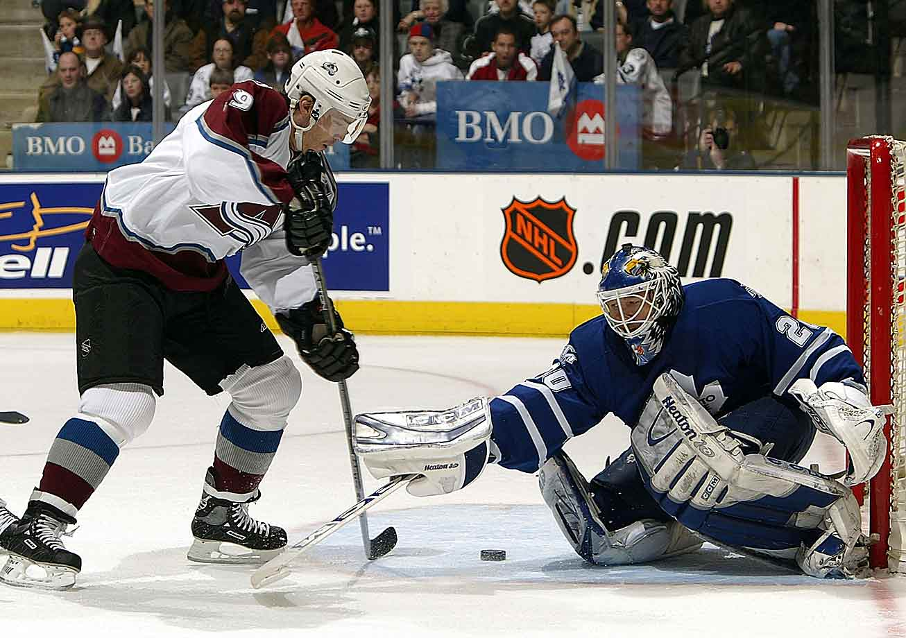 By the time of the 2004 lockout, the Avalanche center with the devastating wrist shot had won two Stanley Cups and produced five of his six 100-point seasons. In 2001, he became one of four players in league history, along with Bobby Clarke, Wayne Gretzky and Mark Messier, to win the Hart Trophy and captain a championship team. The Hall-of-Famer finished his career in 2009 with better than a point-per-game numbers in both the regular season (1,641 in 1,378 games) and playoffs (188 in 172 games).