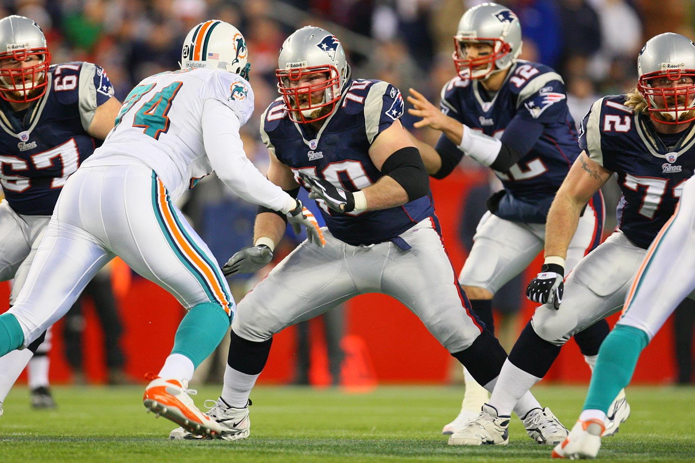 Teams hope they can find contributors at the bottom of the draft's first round. New England landed itself quite the gem in Mankins back in 2005. His Credentials: 161 career regular-season starts, seven Pro Bowl trips and six All-Pro selections, voted to Patriots' 50th anniversary team in 2009, two Super Bowl appearances. Others in Consideration: Ben Watson (2004, Patriots); Mathias Kiwanuka (2006, Giants)