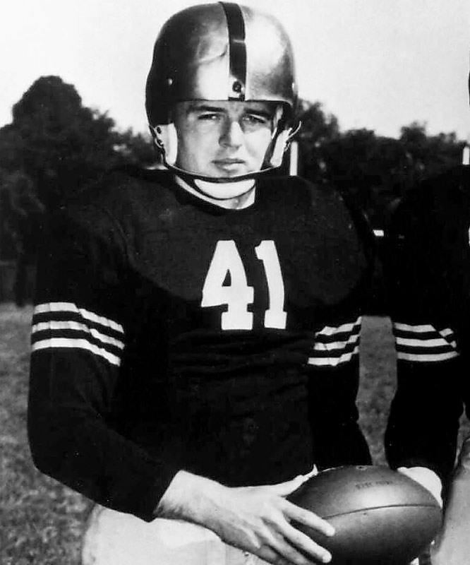 Davis, the famed Mr. Outside for Army, averaged almost one touchdown every nine plays. A three-time All-America, he scored 59 touchdowns during his career and won the Heisman in 1956. He finished second in the Heisman voting in 1954 and 1955. — Runner-up: Keith Byars, RB, Ohio State (1982-84)