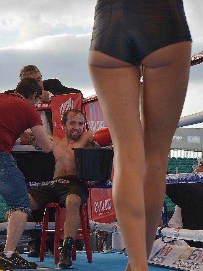 George Gachechiladze looks at the ring girl between rounds during his bout with Willy Casey.