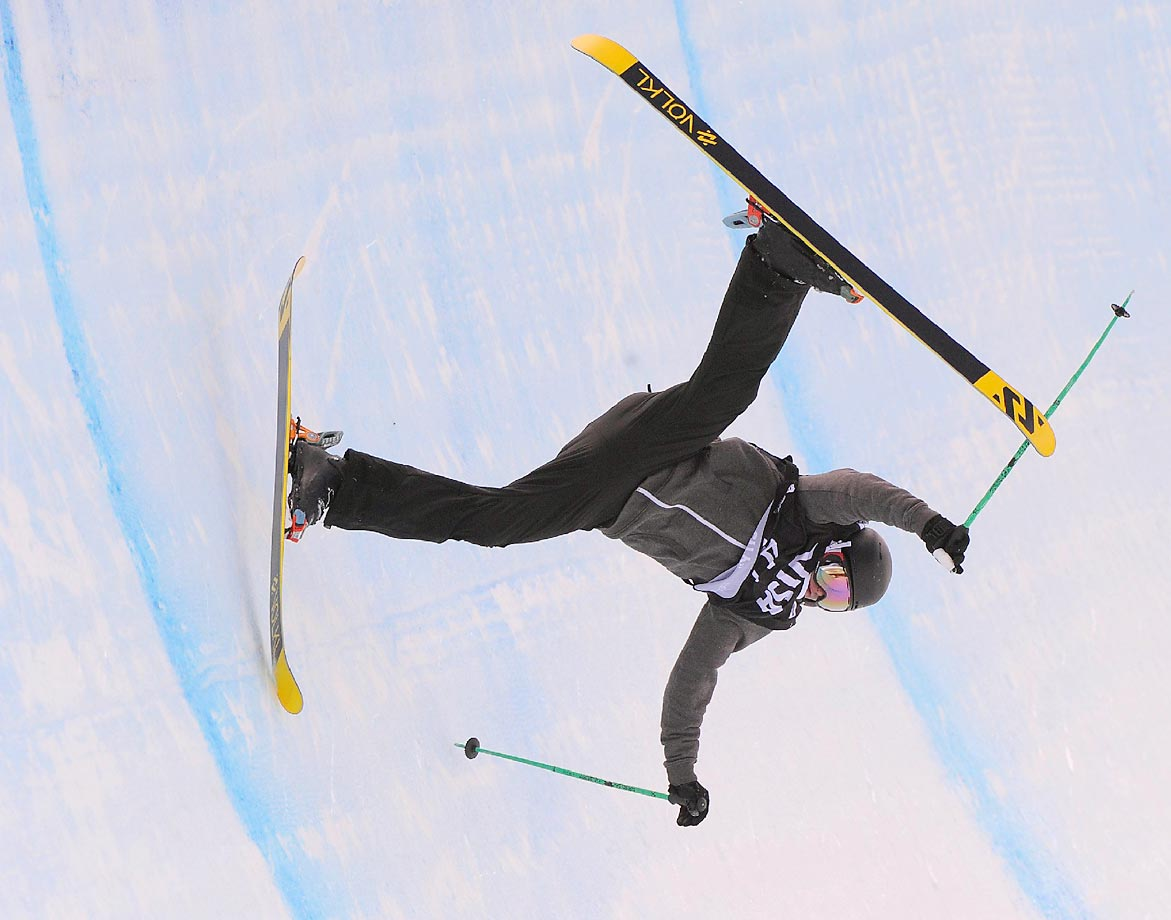 James Machon of Great Britain crashes during qualifying for the FIS Freeskiing World Cup 2015 Men's Freeskiing Halfpipe during the U.S. Grand Prix.