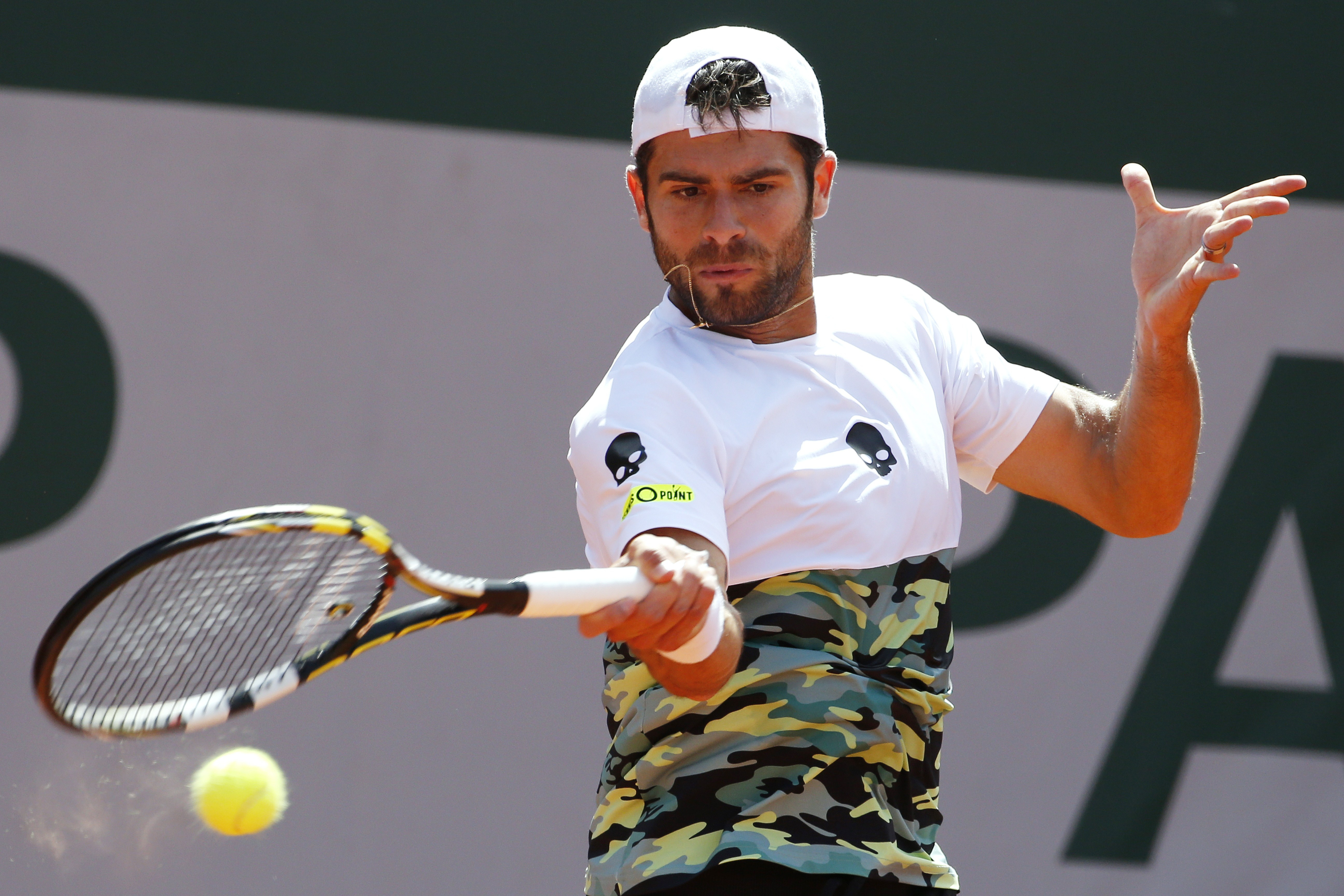 Ferrer d. Bolelli 6–3, 1–6, 5–7, 6–0, 6–1.