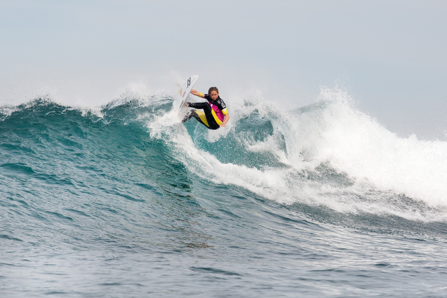 After winning the first heat, Courtney Conlogue advanced into Round 3 of the surfing tournament in Bells Beach, Australia.