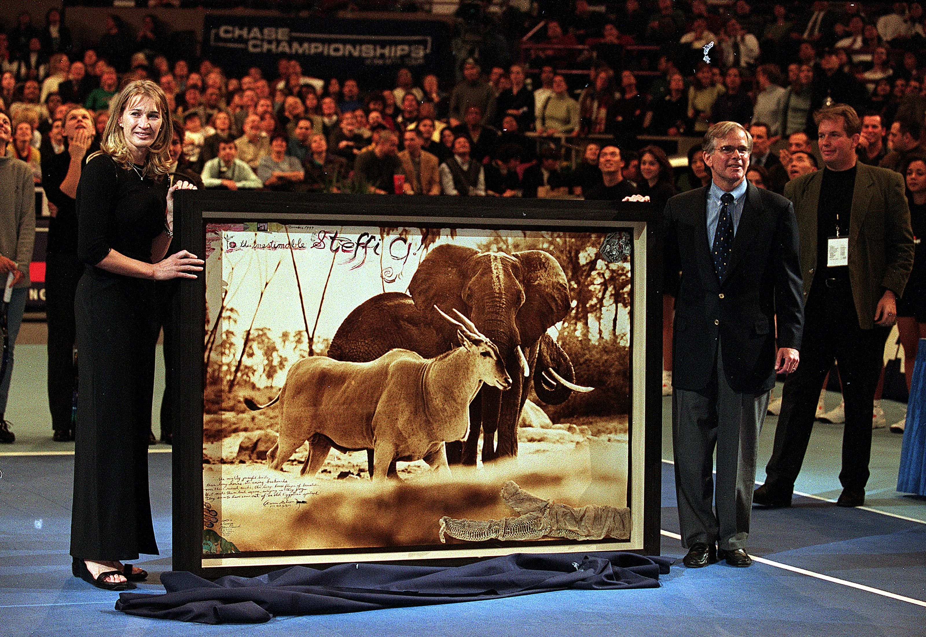 Steffi Graf hung up her racket at the 1999 tournament and received...a gift.