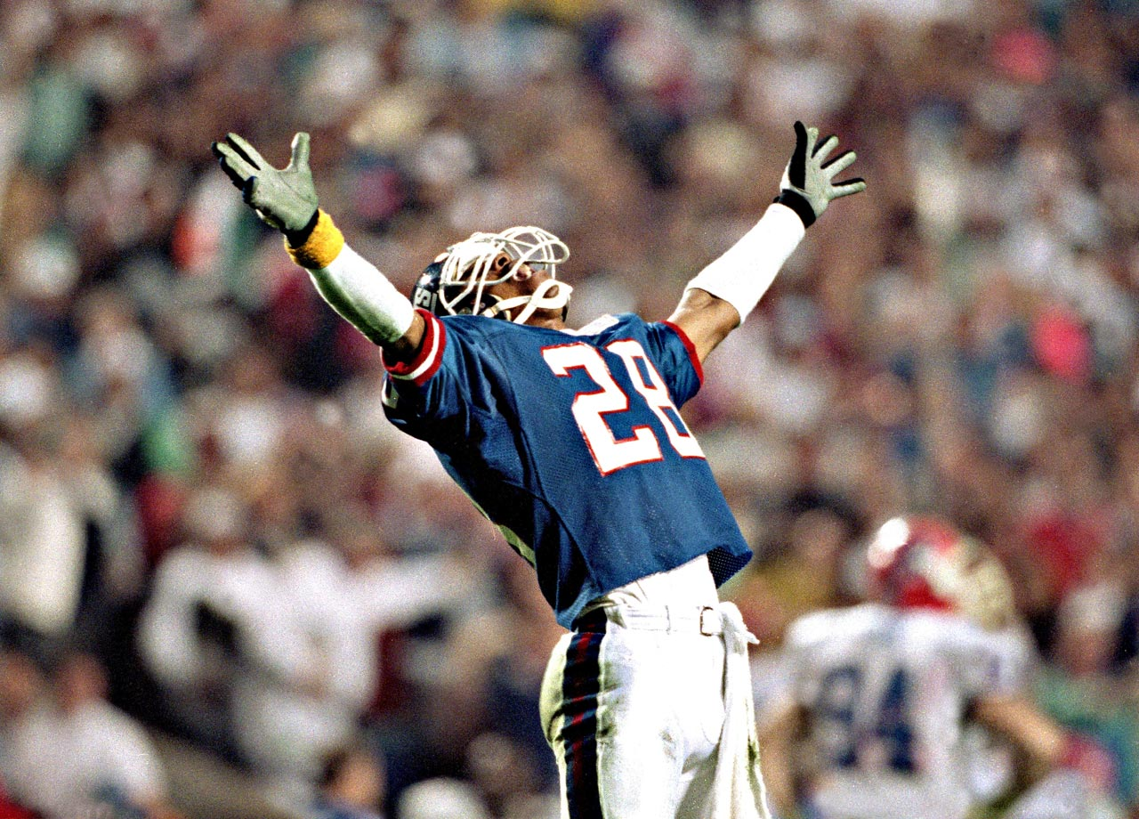 New York Giants defensive back Everson Walls basks in the triumph after his team's 20-19 win over the Buffalo Bills. The Giants overcame a 12-3 deficit to claim the only Super Bowl decided by one point.