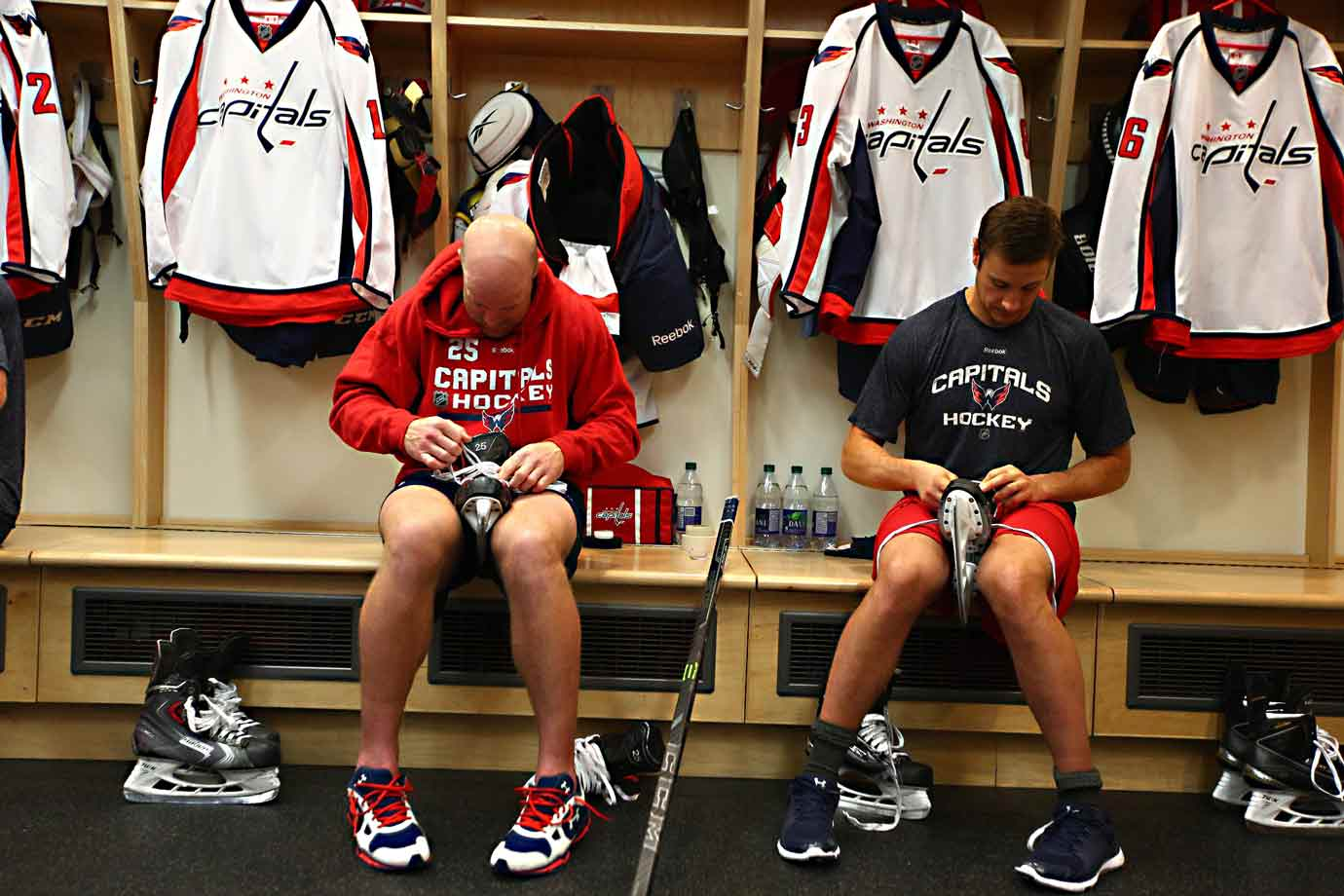 By 6 p.m. Jay Beagle and Tom Wilson are gearing up for the night's action.