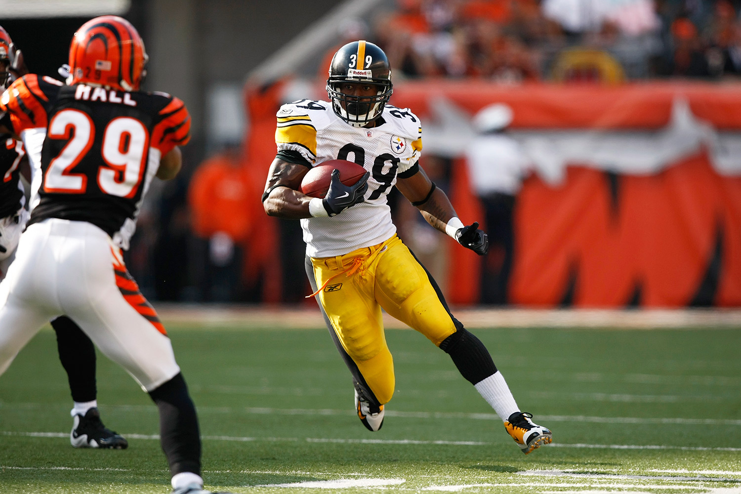 After going undrafted in 2004, Parker signed with the Pittsburgh Steelers, where he would go on to learn the game as a backup behind legends like Jerome Bettis. Parker was selected to the Pro-Bowl twice and holds the record for the longest run in a Super Bowl (75 yards). (*Parker's time was calculated before the NFL implemented electronic timing to improve accuracy.)