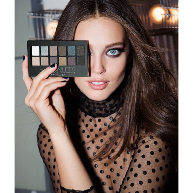 Starting the new year right, with the Rock Nudes palette! #MaybellineGirls #BTS @maybelline @maxmoments