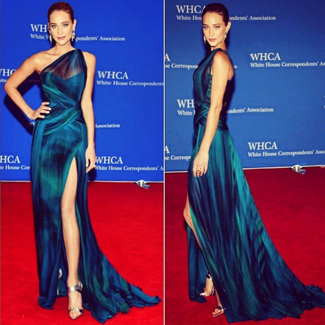 Last night at #WHCD makeup: @makeupvincent hair: @dpucciarello styling: @jeffkkim tap for details..