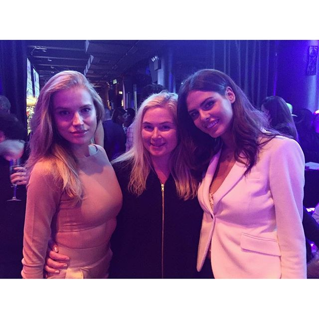 With my SI family @si_swimsuit @mj_day @mit_tanya