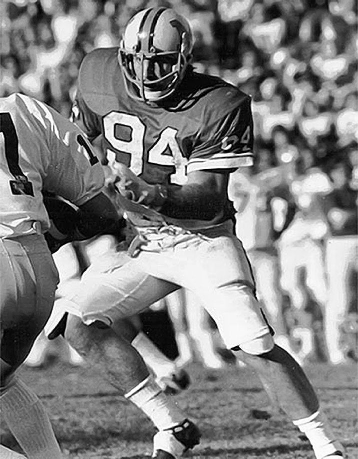 No player has ever been better for the Terps. White won the Outland and Lombardi awards in 1974 and was an All-America in 1973 and 1974. He holds Maryland's single-season record with 24 tackles for a loss in 1974. — Runner-up: Tony Franklin, K, Texas A&M (1975-78)