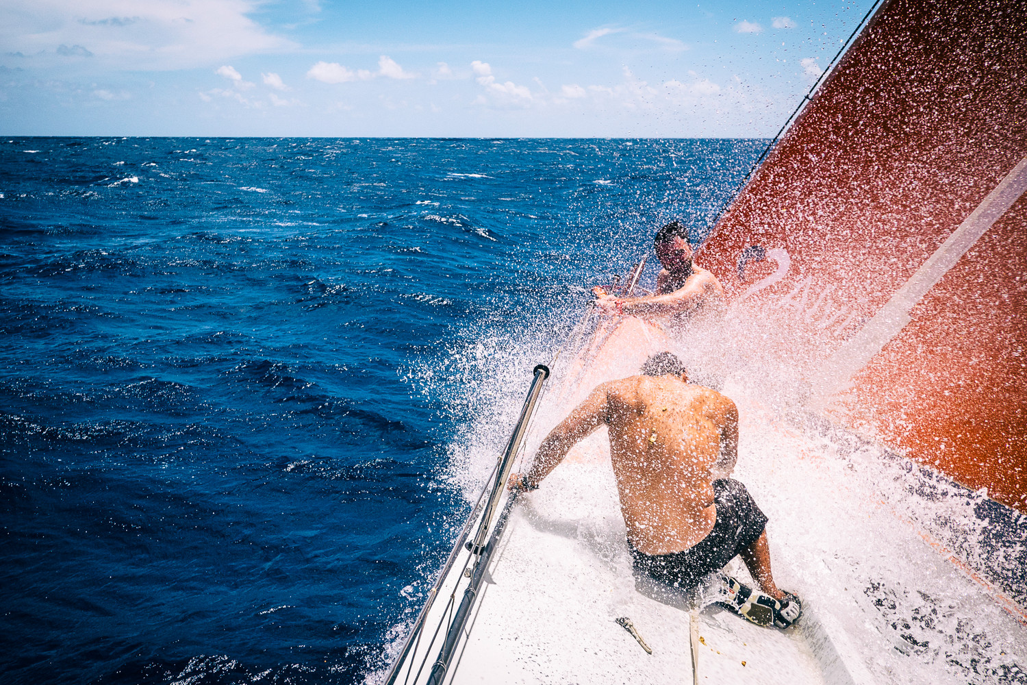 A full day of steady wind propels Team Alvimedica over the Equator at speed.